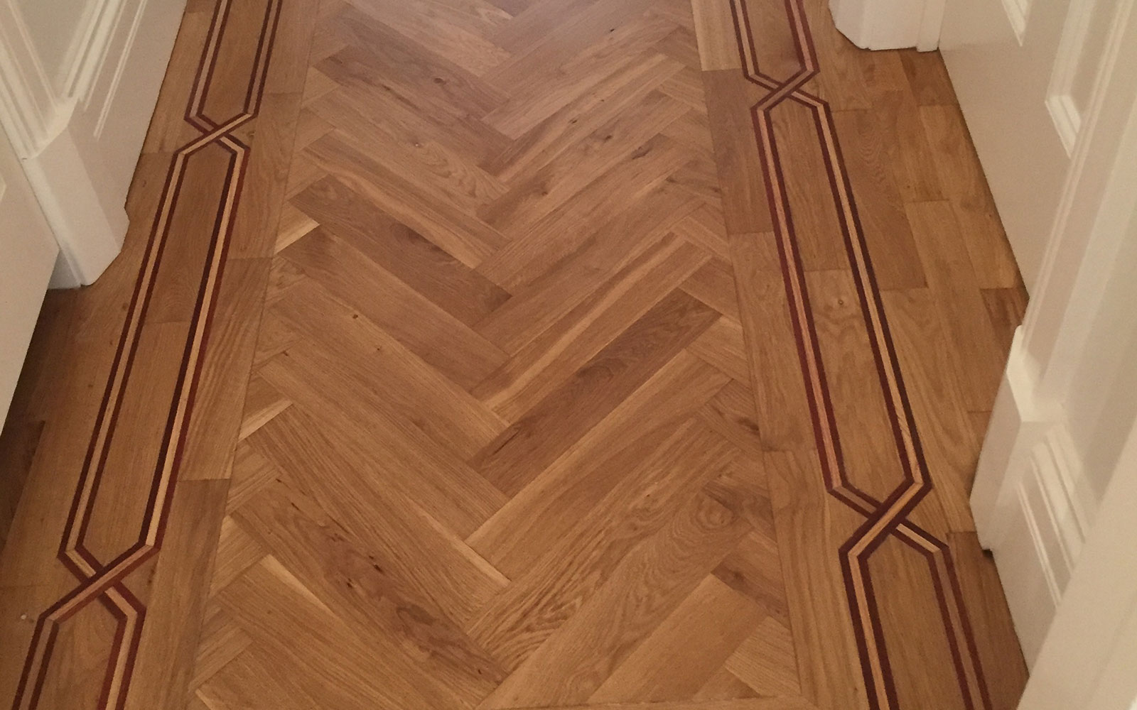 Parquet Floor Polishing – Hallway – Before And After